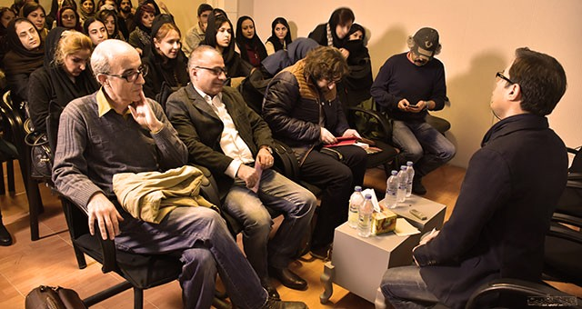 آیا نویسنده ایرانی خود سانسور است؟
